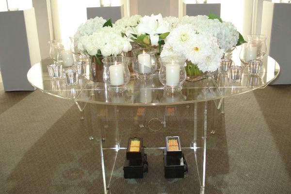 acrylic-table-main-weddingdod